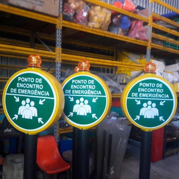 Sinalização de segurança placas