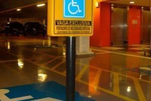 Pedestal para sinalização