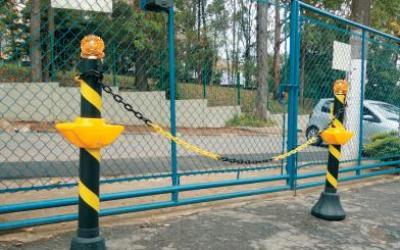MAX Pedestal Alça Piscante